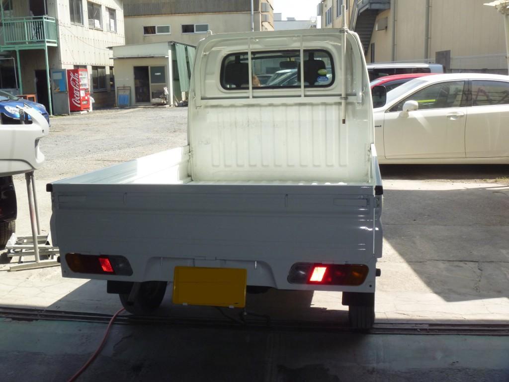 軽トラックの後ろの荷台全交換